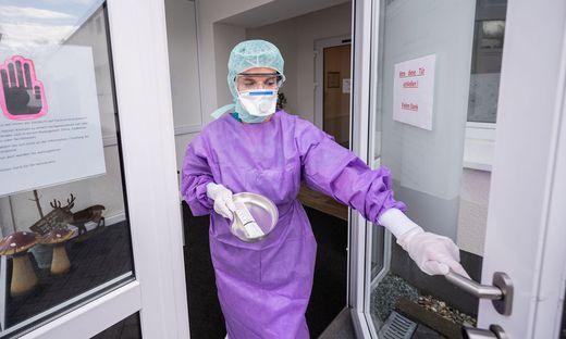 Coronavirus - Klinik richtet �Drive-In� Test ein