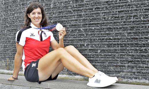 Magdalena Lobnig strahlt mit Bronze um die Wette