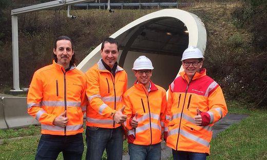 Daumen hoch! Das Projektteam der Asfinag mit Ewald Maurer, Christian Muthspiel, Markus Gröblacher und Markus Keller (von links)