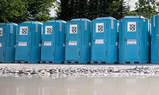 Die gute Baukonjunktur sorgt für einen Aufschung der Branche für mobile WC-Anlagen.
