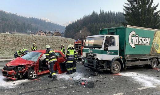 Zu einem schweren Verkehrsunfall kam es am Dienstag gegen 8 Uhr auf der Gailtalstraße.