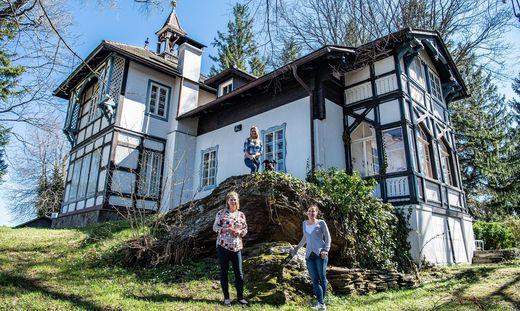 Die  Schwestern Franziska Pieber, Simone Pagger und Bettina Dengg besitzen die Villa