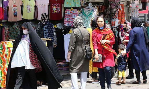 Vorschnelle Öffnung? Iran steckt in massiver zweiter Welle