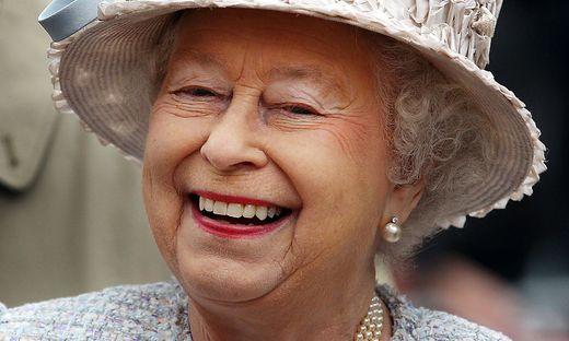 Auch eine ehrwürdige Königin hat ein Recht auf ein wenig Spaß: Elizabeth II. foppte US-Touristen