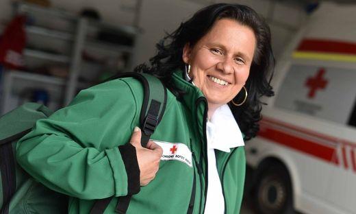 Beatrix Dolzer hilft in für Menschen fast nicht ertragbaren Situationen