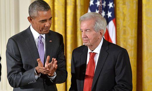 2014 wurde Larry McMurtry von Barack Obama geehrt