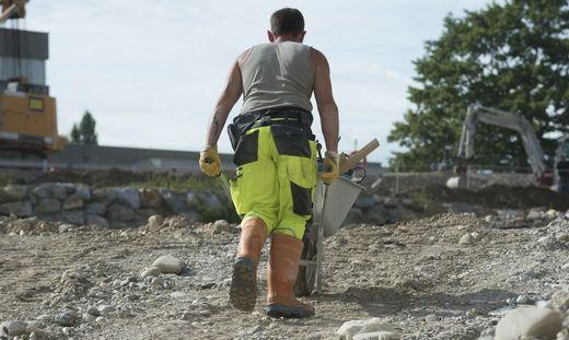 Am Bau ist die Gefahr von Lohn- und Sozialdumping besonders groß