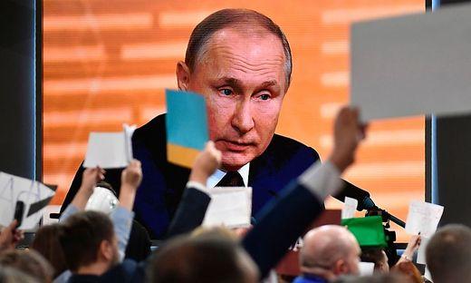 RUSSIA-POLITICS-ECONOMY-DIPLOMACY