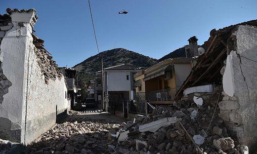 Das Zentrum lag etwa zehn Kilometer unter der Erdoberfläche in der Region der Kleinstadt Tyrnavos