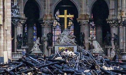 Der Altar blieb wie durch ein Wunder weitgehend unversehrt