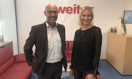 AMS-Landesgeschäftsführer Karl-Heinz Snobe und die Leiterin der Kurzarbeits-Abteilung, Alice Wieser