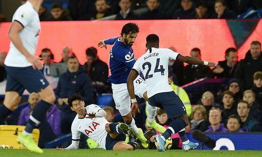 Everton Gegen Tottenham Schock Uber Horror Verletzung In