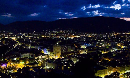 Graz bei Nacht - wenn das Wetter hält, ist auch was los
