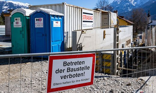 TIROL: CORONAVIRUS - SITUATION IN LIENZ / STRABAG BAUSTELLE