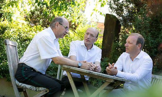 Freundschaftlich gesinnte Konkurrenten: Erwin Neuhold, Hubert Wolf und Christian Tazl kommen sich auf dem Immobilienmarkt nicht in die Quere