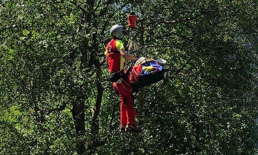 Der Schwerverletzte musste vom Hubschrauber ausgeflogen werden
