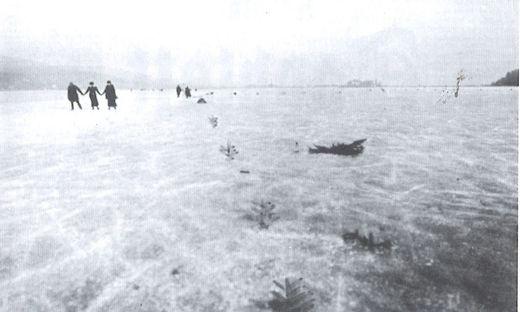 Die Demarkationslinie verlief 1920 über den zugefrorenen Wörthersee