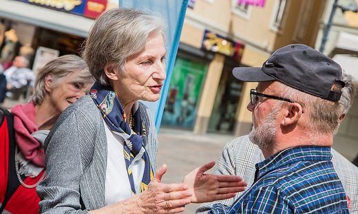 Bundespraesidentenwahl 2016 Irmgard Griss Klagenfurt Wahlkampf