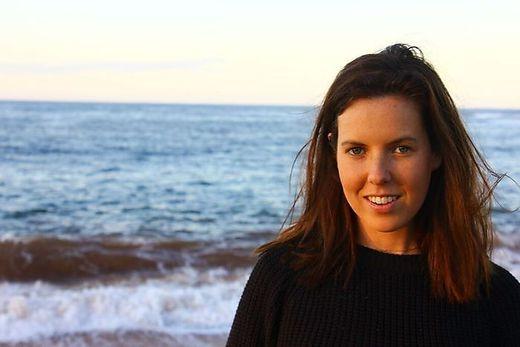 Die australische Autorin Sophie Hardcastle
