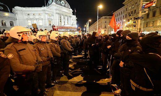 Auseinandersetzungen mit der Polizei gab es auch heuer