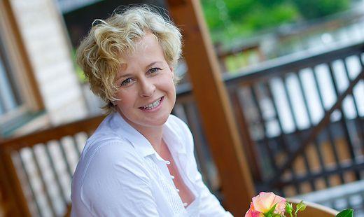 """""""Meine Kraftquelle und mein Refugium"""": Angelica Ladurner genießt die Ruhe am Millstätter See. In der Früh schwimmen zu gehen macht den Tag"""