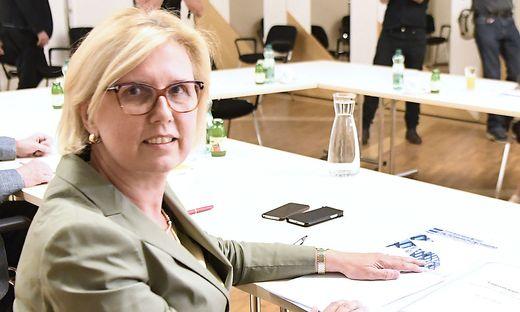 ARBEITSGESPRAeCH 'AUSTAUSCH UeBER SAUBERE POLITIK': KOGLER/ZADIC/KRAKER