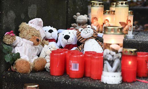 Fuenf tote Kinder in Solingen - Trauer