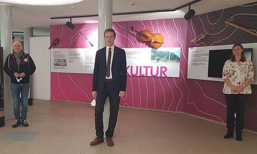 Helmut Pekler, Fritz Kratzer und Sabine Krenn im neuen Museum