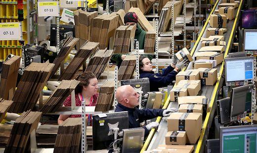In zehn Jahren haben sie die Ausgaben für Online-Shopping verdreifacht