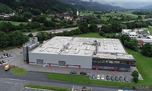 Seit 2005 erzeugt Volpini Becher am neuen Standort in Molzbichl (in der Joghurtstraße)
