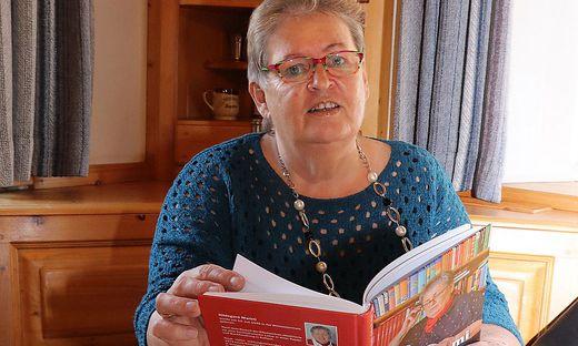 Gut 100 Gedichte hat Hildegard Marktl für ihr Buch ausgewählt. Sie schreibt seit 25 Jahren