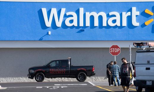 US-SHOOTING-CRIME-RETAIL-WALMART