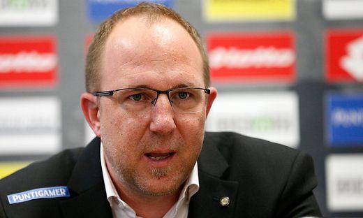 SOCCER - BL, Sturm, press conference