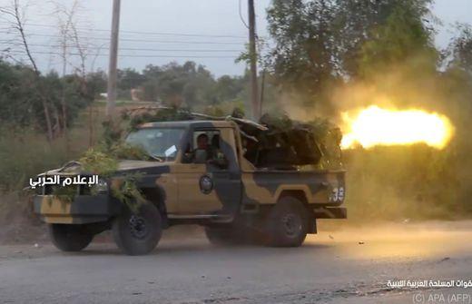 Zivilisten bei Raketenangriffen auf Tripolis getötet