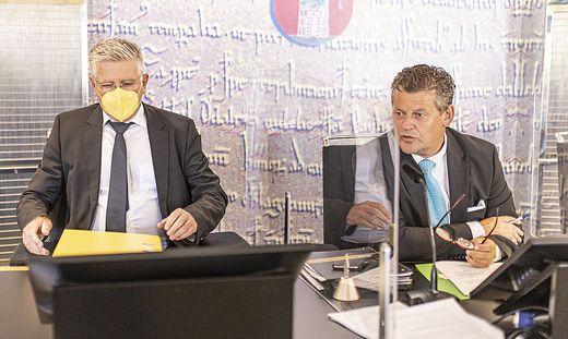 Vizebürgermeister Alois Dolinar  und Bürgermeister Christian Scheider (beide Team Kärnten)