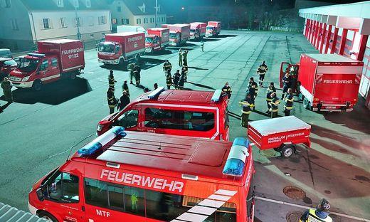 19 Fahrzeuge des Bereichfeuerwehrverbandes nahmen am Hilfseinatz teil