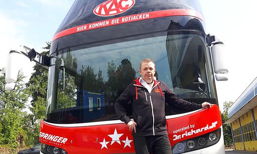 Seit sieben Jahren chauffiert Klaus Schellander die KAC-Cracks durch die Liga
