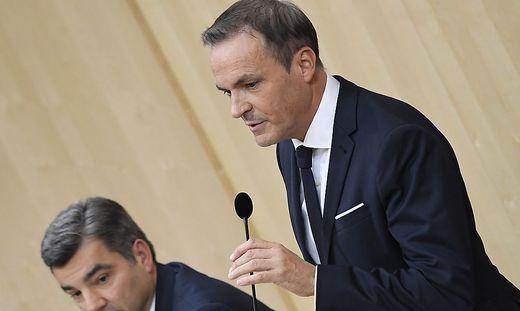 Finanzminister Müller verteidigte seinen Vorgänger Löger