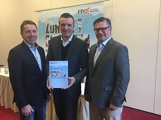 Wahlkampfmanager Angerer, Darmann und Leyroutz präsentierten das Wahlprogramm