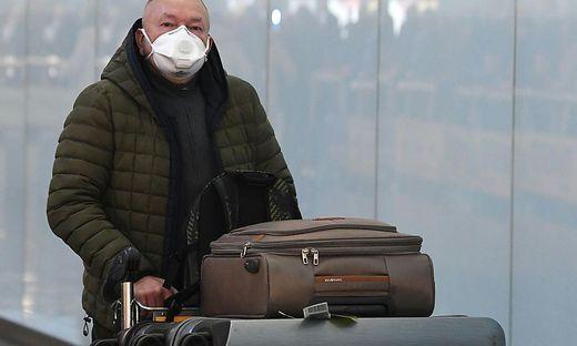 CORONAVIRUS: TEMPERATURCHECKS FUeR CHINA-FLUGGAeSTE IN WIEN STARTEN