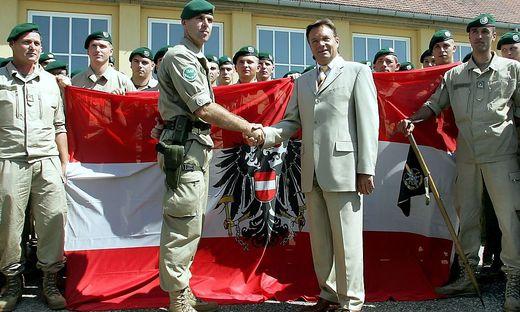 2005 hatte der damalige Verteidigungsminister Herbert Platter das österreichische Kontingent nach Afghanistan verabschiedet, heute kehrt der letzte Soldat zurück