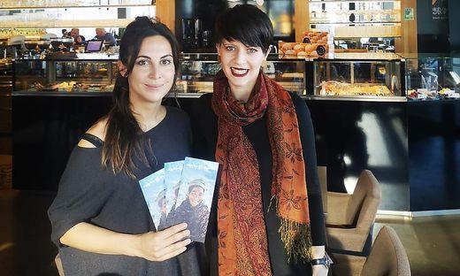 """Projektleiterin von """"Mahila Avaz - women's voice"""", Helena Hinterecker, und Sarah Bauernhofer (v.l.)"""