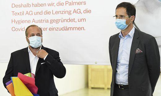 CORONAVIRUS: PRAeSENTATION PALMERS, LENZING AG 'START EINER MASKENPRODUKTION' - WIESER/DOBOCZKY