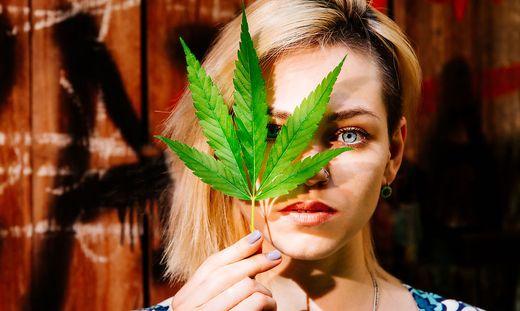 Marihuana Effekt Cannabiskonsum Verändert Gehirn Von