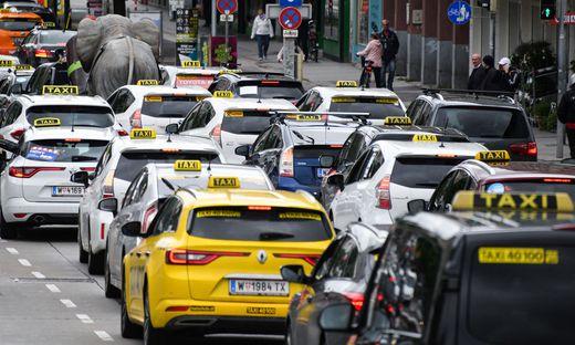 In Wien demonstrierten die Taxi-Fahrer