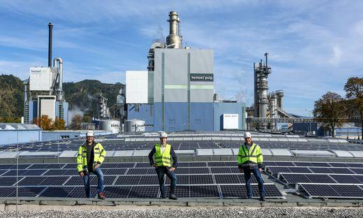 Stolz auf die Anlage: Peter Leingruber (l.) und Siegfried Gruber (r.) von der Zellstoff Pöls, Christoph Heinzel (Heinzel Energy)