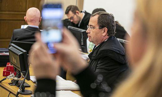 """""""Anklage ist lebensfremd"""", sagt Gernot Murko, Verteidiger des Zweitangeklagten"""