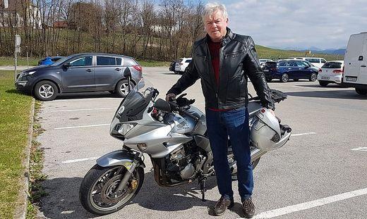 Ausgedehnte Motorradtouren und Flüge mit dem Paragleiter stehen im Ruhestand auf dem Programm
