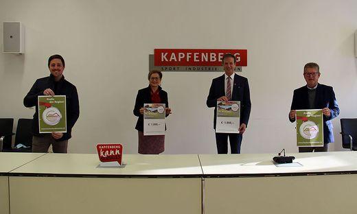 Marcel Holzer (Firma Sajowitz), Monika Vukelic-Auer, Fritz Kratzer und Günther Essenko