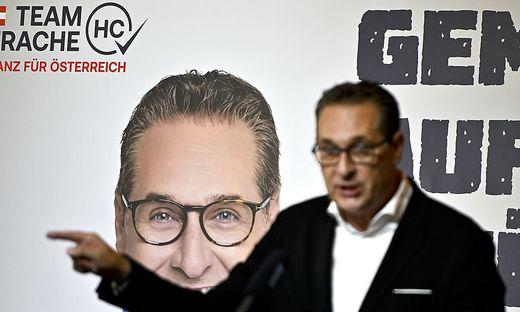 blau gegen blau: Wahlkampfstart mit Heinz-Christian Strache